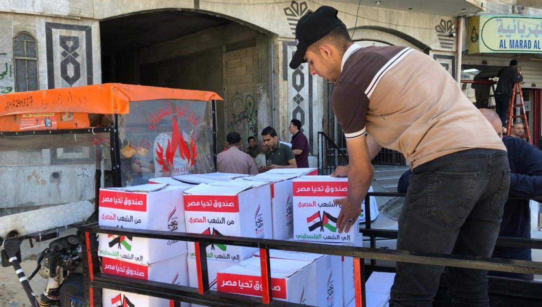 """215530612 66f48753 48b4 4bcf a769 873c630ee3b1 - I camion di Al Sisi entrano nella Striscia: """"Vogliono comprarci"""""""