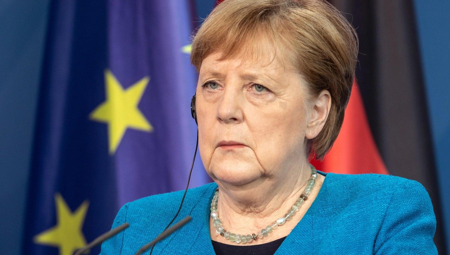 """220043626 857e5f99 b41f 4218 8446 ff385c6078ff - La Danimarca e lo spionaggio ai danni di Merkel. Il sostegno di Macron: """"Non è accettabile tra alleati"""""""