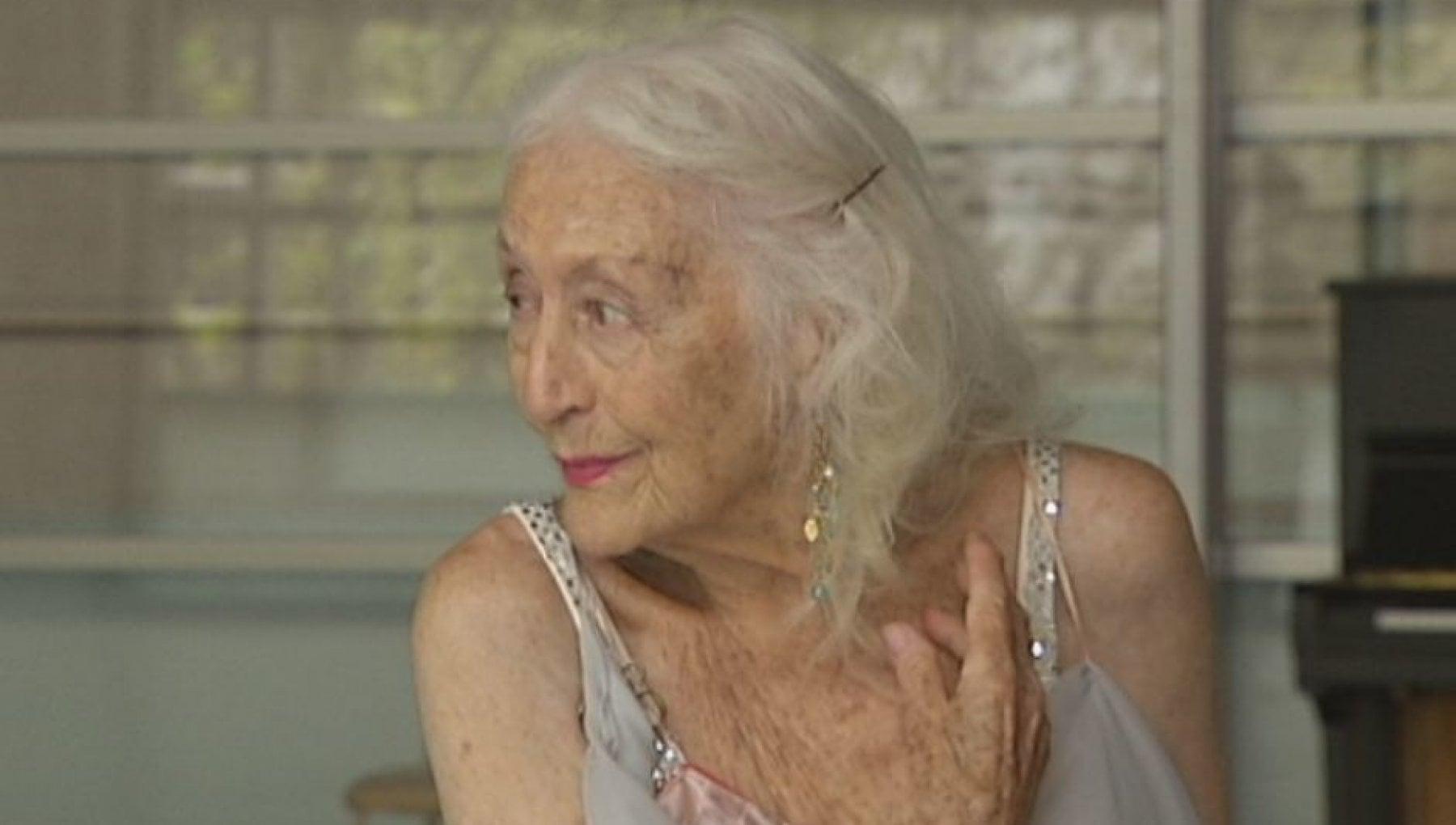 """113957922 2d369743 bcfc 4515 8197 6c8162447d37 - Eileen Kramer, 106 anni e non sentirli. Storia della ballerina più """"antica"""" del mondo"""