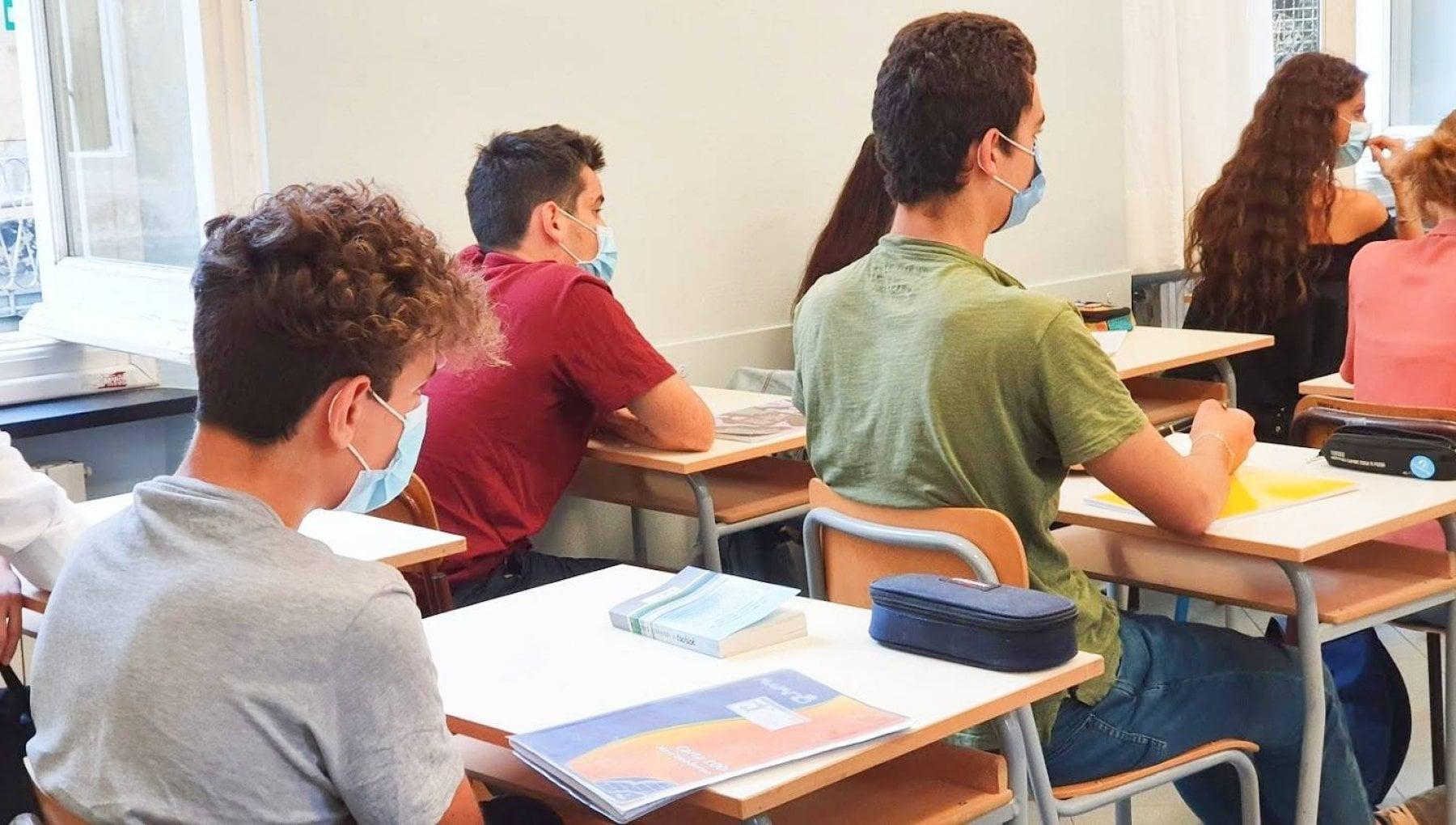 """210810761 84cec477 995f 4b87 bd6f efc6660319d9 - """"Noi, i più bravi d'Italia sui banchi"""". La sfida all'ultimo test dei futuri geni"""