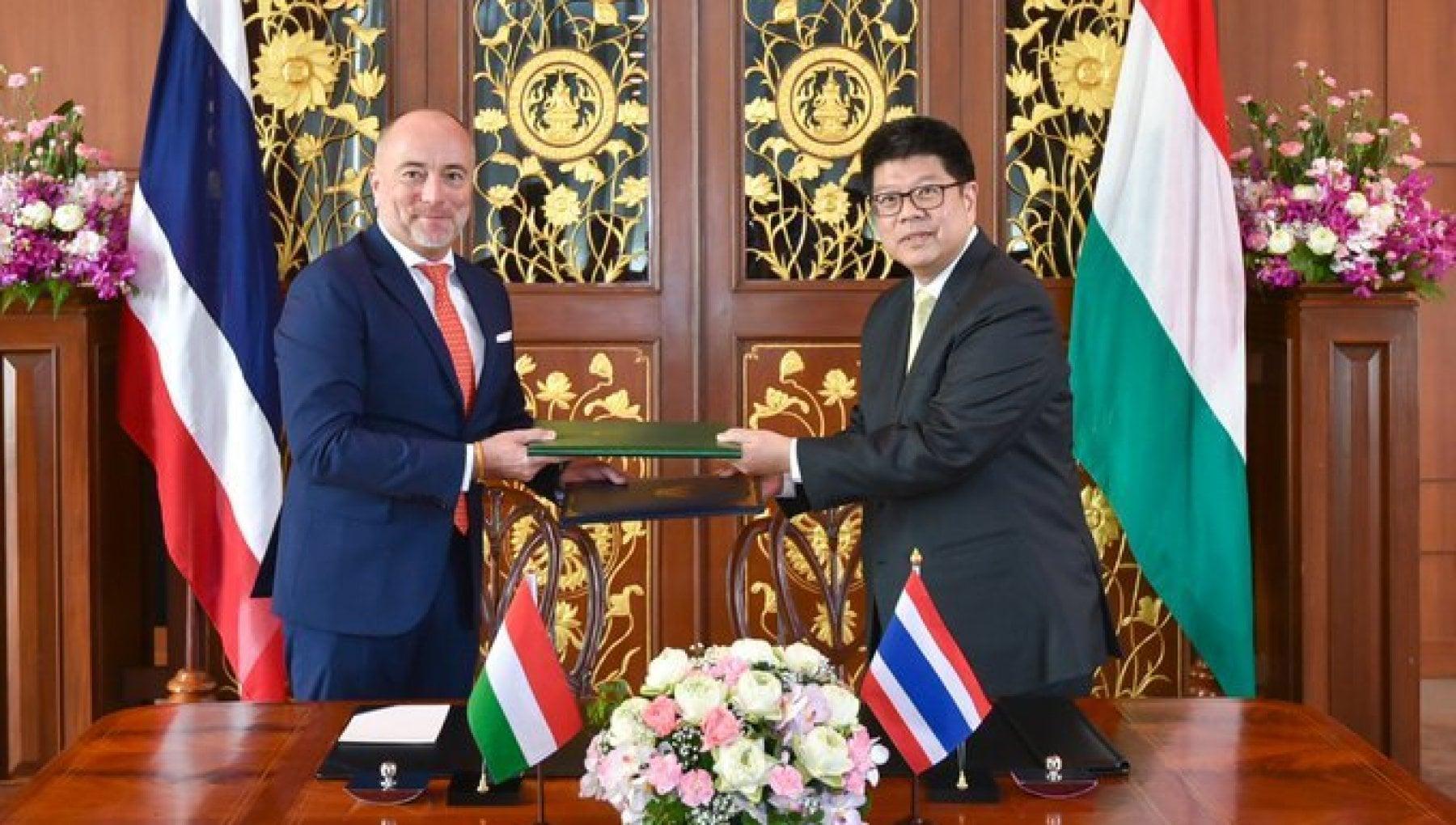 165930261 04190b10 29f1 43c7 9d37 b402545ca22c - Ungheria, richiamato l'ambasciatore da Bangkok. Nuovo scandalo per il governo Orban