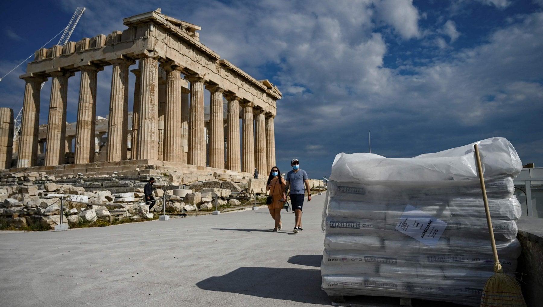 """223411944 f8c26082 d6fc 4030 abab f9c5e5262930 - """"Scempio all'Acropoli"""". Una strada di cemento divide la Grecia"""