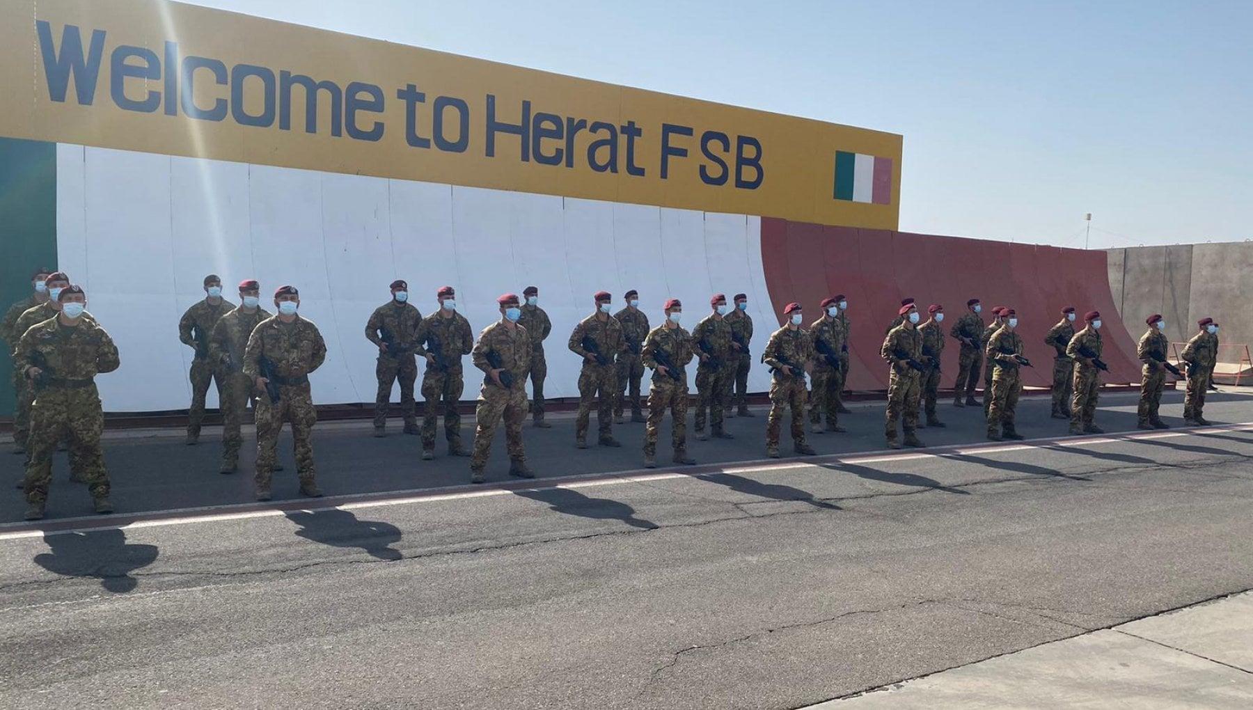 144946591 35018718 50e9 48de 98ca 7f65c1e7ea98 - Afghanistan, lo schiaffo degli Emirati all'Italia: festa rovinata per l'ammaina bandiera dopo 20 anni di missione