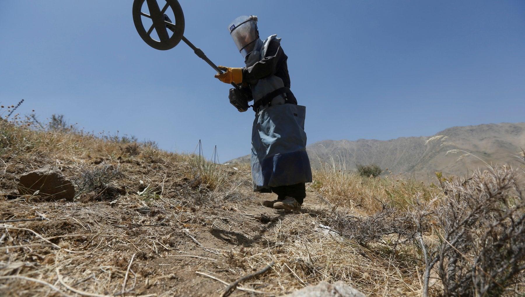 102757635 31481e89 ecaf 43c9 8e1d f419860c805e - Afghanistan, attacco armato al Nord: uccisi 10 sminatori. I Talebani negano la responsabilità