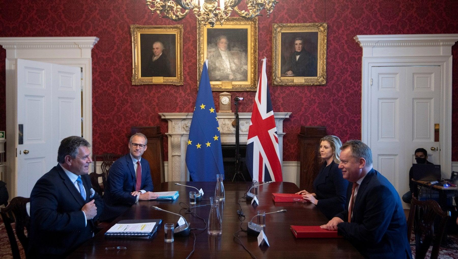 191324961 6858dd1e 113a 4290 a5ec 92cf6c2defe8 - Brexit, tra Londra e Bruxelles scoppia la guerra delle salsicce