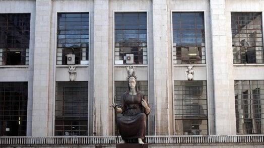 Brescia contro Milano. Magistrati sulla graticola, tra legalità e uso del potere