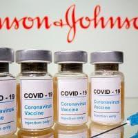 """Coronavirus nel mondo: cluster di variante """"indiana"""" a Strasburgo. Gli Usa buttano..."""