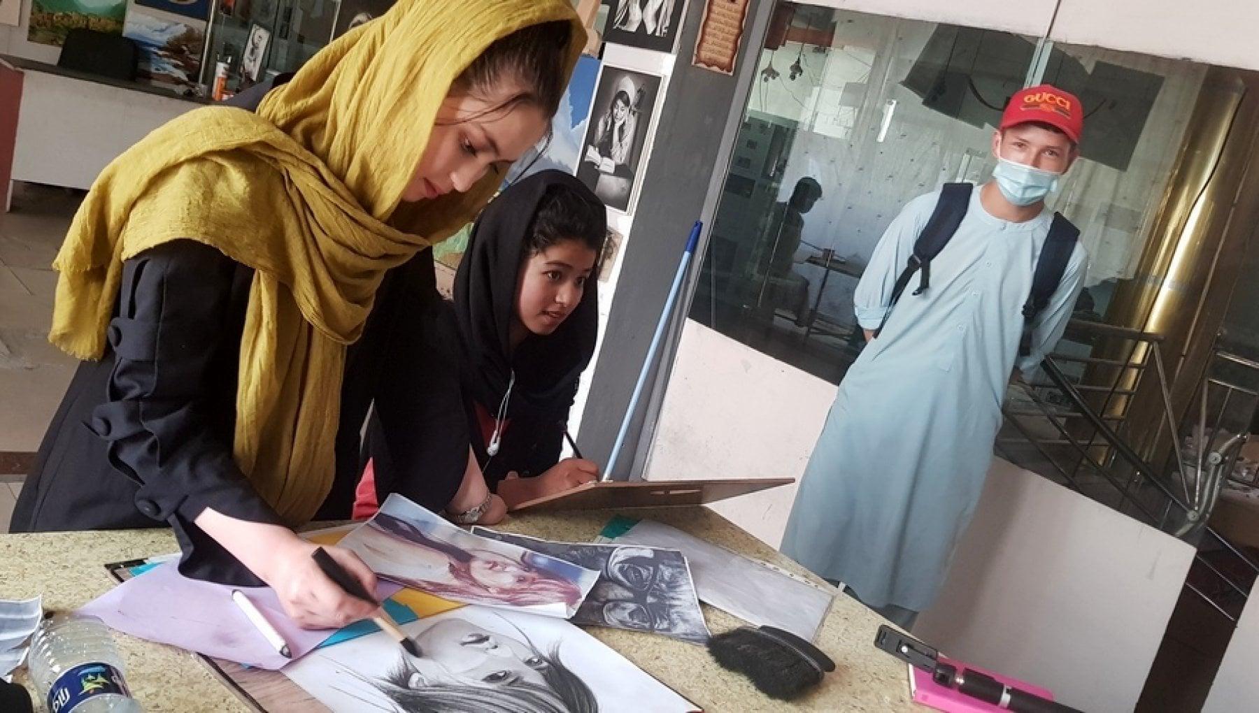 """183726098 47b0b803 b7e1 430f bf48 12507e1b23ee - Tra le donne afgane minacciate dal ritorno dei talebani: """"Lotteremo per i nostri diritti"""""""
