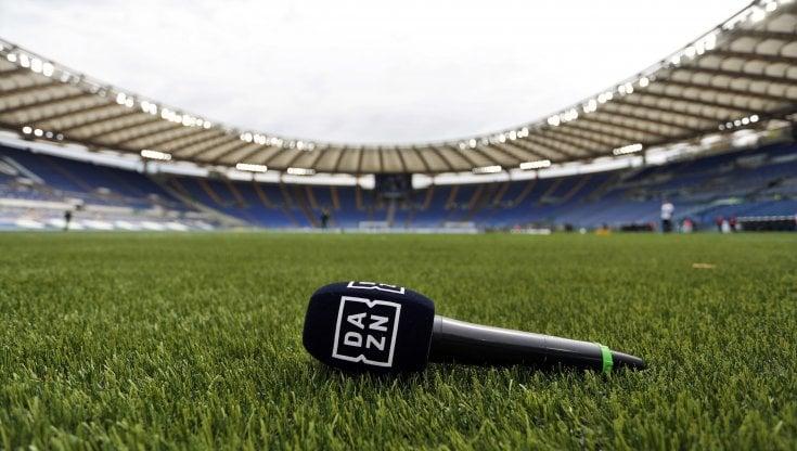 Diritti tv, non solo Sky: Serie B anche su Dazn per i prossimi tre anni