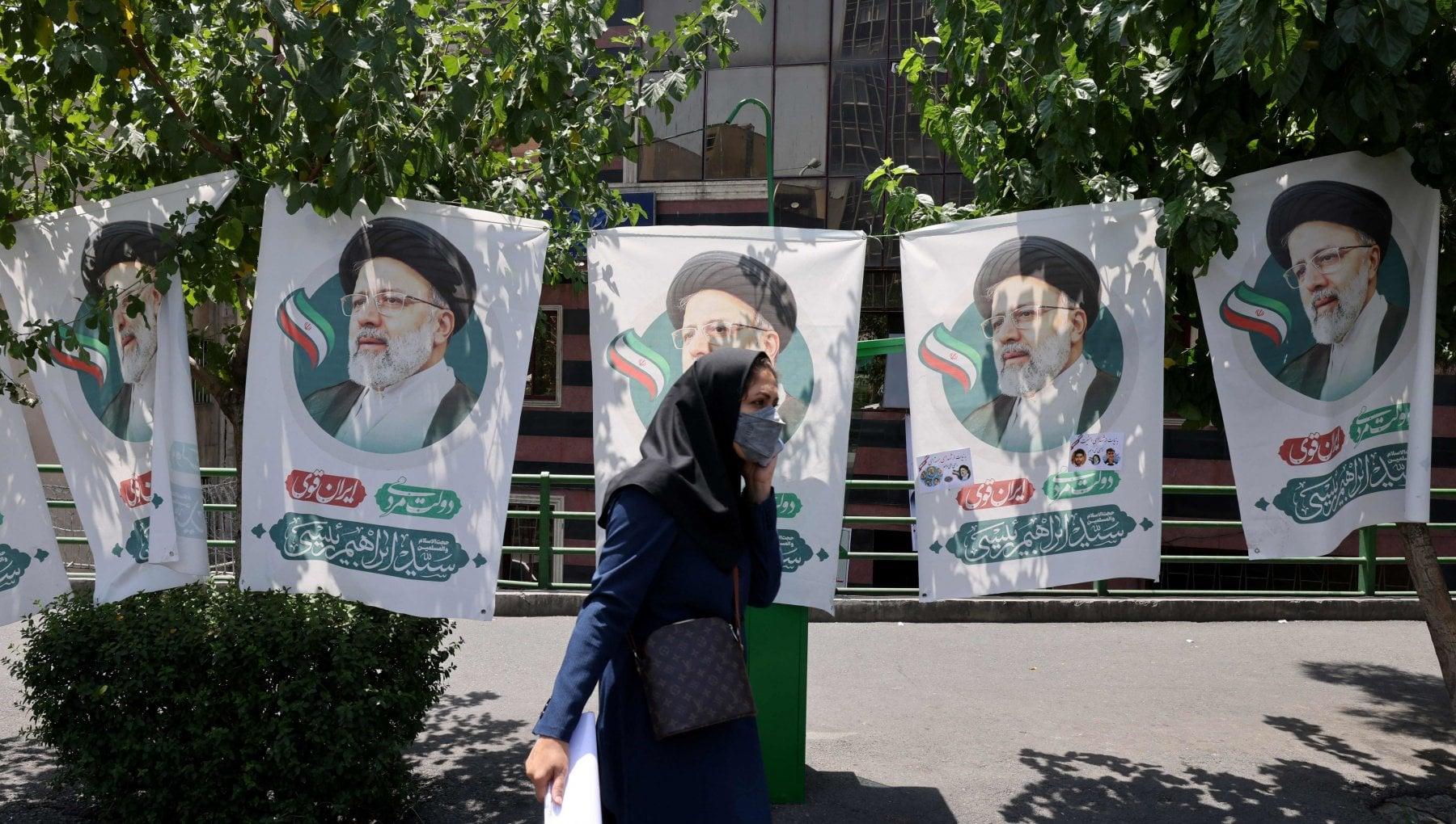 133222593 980fe007 8431 490d a9cc df7869f466ac - Iran, gli elettori pronti a disertare le urne. Da Khamenei a Rouhani l'appello ad andare a votare