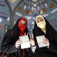 In pochi ai seggi, l'Iran sceglie il nuovo presidente nell'indifferenza. L'astensione...
