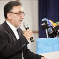 """Iran, il riformista Mostafa Tajzadeh: """"Il 'partito della caserma' ha fatto un golpe"""""""