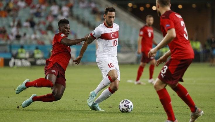 Calhanoglu all'Inter: 'Ho raggiunto l'accordo' - la Repubblica
