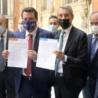 Referendum sulla giustizia, Salvini con Udc e Forza Italia: prove di federazione
