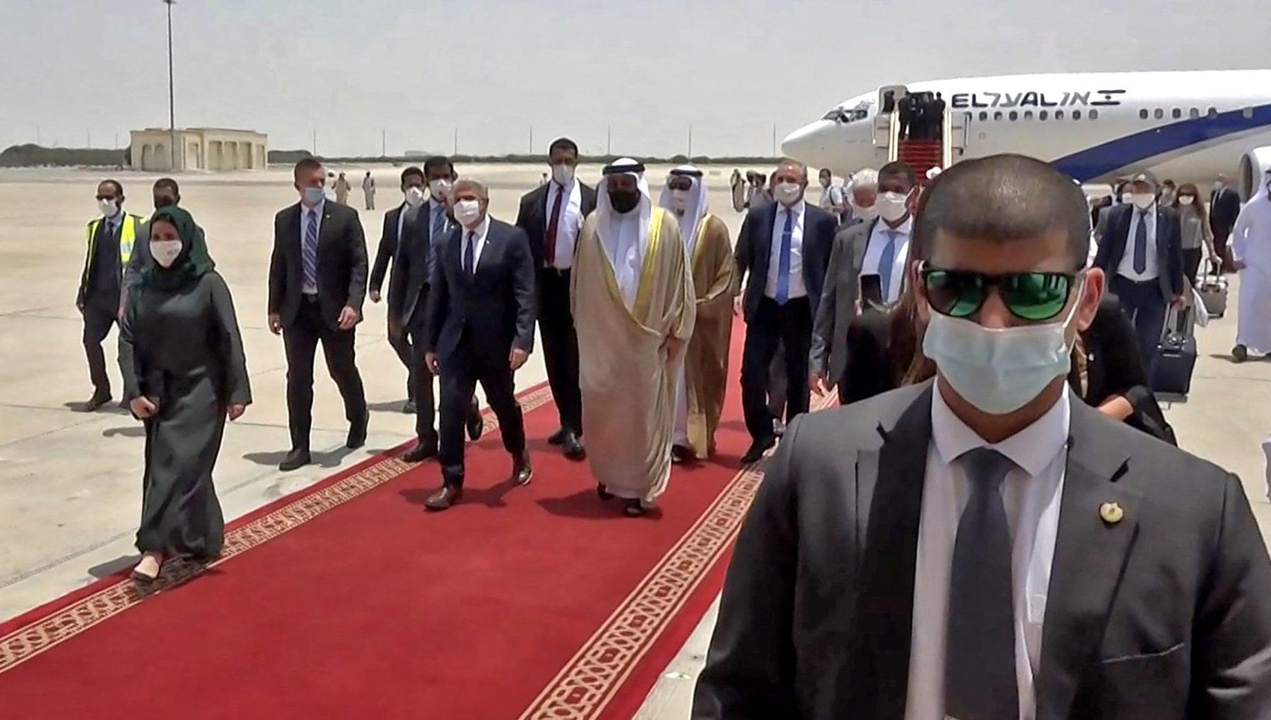 """123234639 8fa79ec7 a720 4a25 ac07 50c2325c1a70 - Israele, il ministro degli Esteri Lapid negli Emirati Arabi Uniti: """"Stiamo facendo la storia"""""""