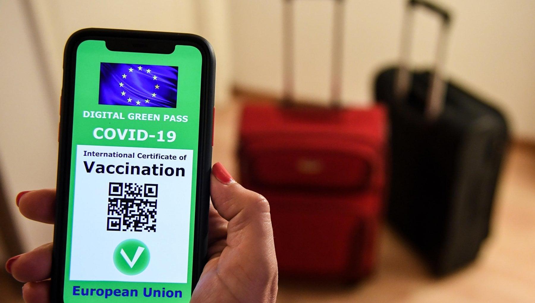 190143603 09e2f9b5 fa8c 46ac a2a4 41894c43bddd - Green pass europeo in vigore dal primo luglio, ecco come funziona