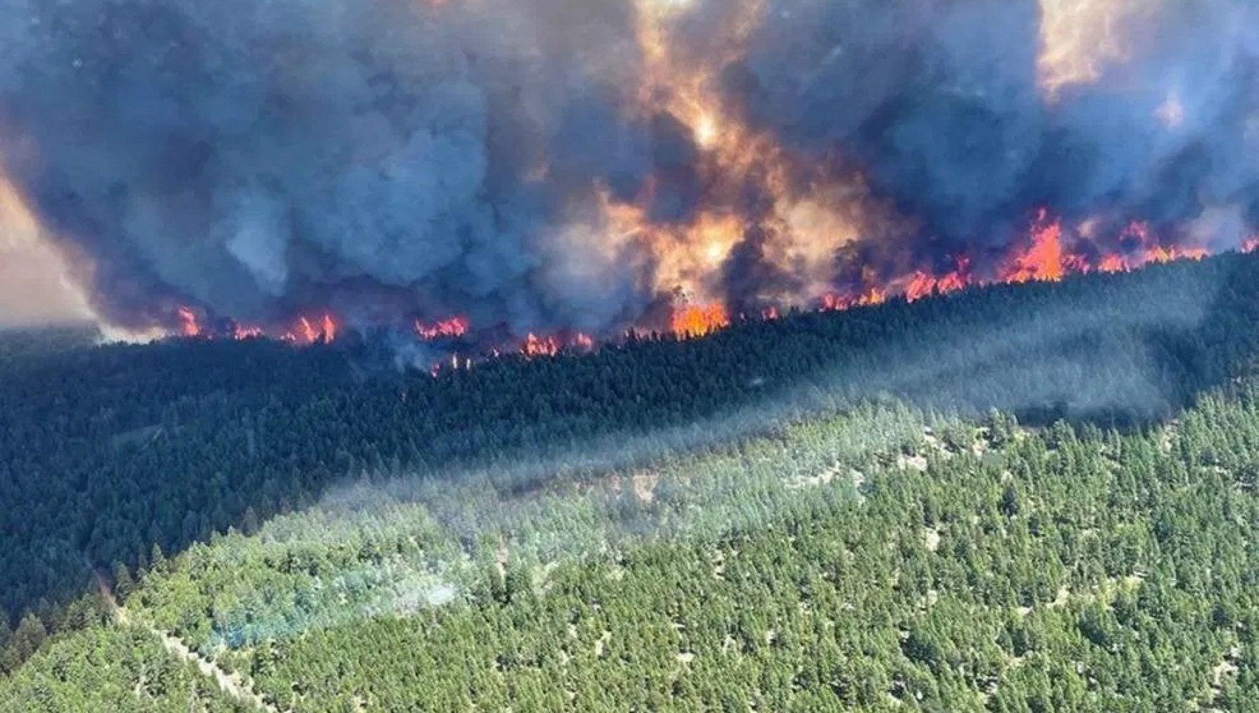 """122422633 cce6df8d fc3f 4ada a634 a31d7b097c68 - Canada, dopo il record di caldo Lytton in fiamme: """"L'intera città distrutta in 15 minuti"""""""