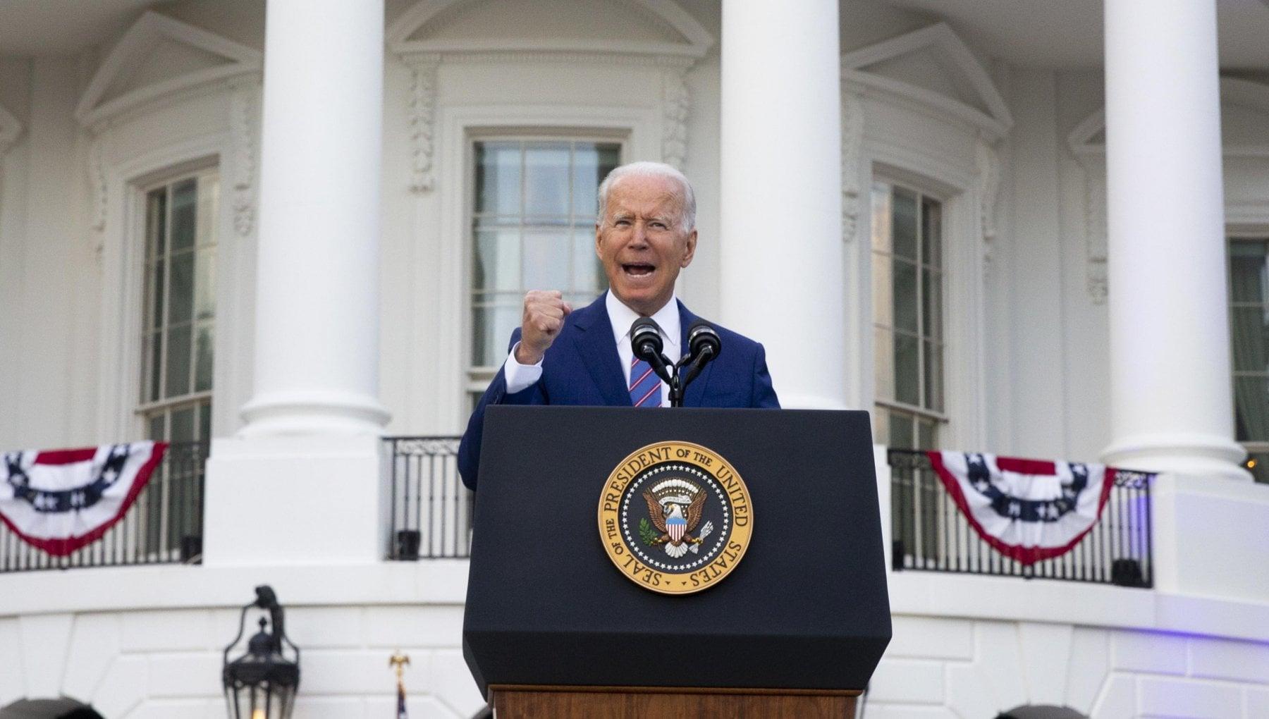 """030222928 e6d1279e c846 4333 8ee5 9ab8fcbdf859 - Biden: """"Usa vicini all'indipendenza dal Covid, ma non è stato ancora sconfitto"""""""