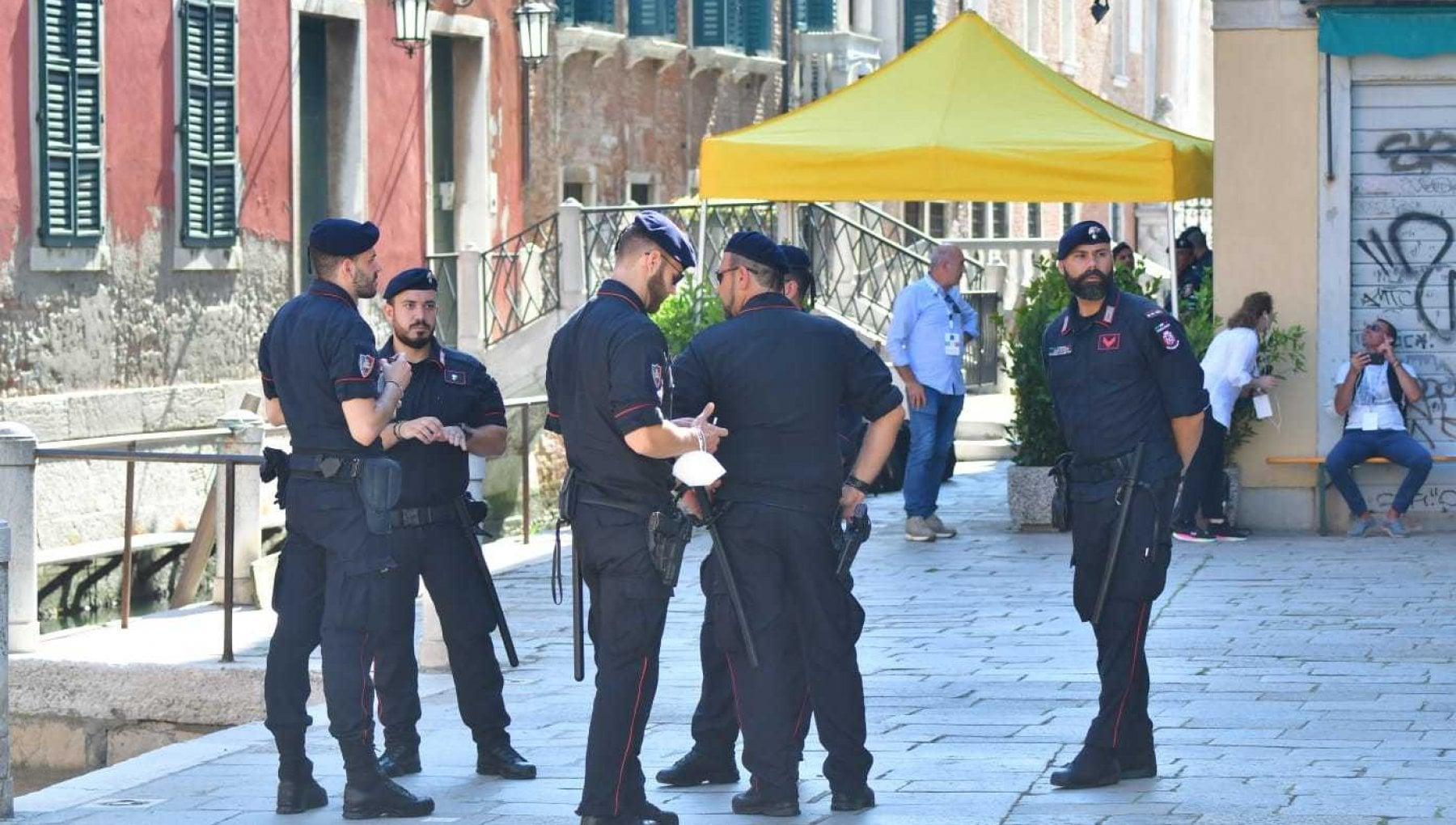 090959067 833f06f3 1caa 4ec9 90d4 e21dd397b532 - G20, Venezia si blinda per timore delle proteste: duemila agenti tra le calli e check point per i residenti