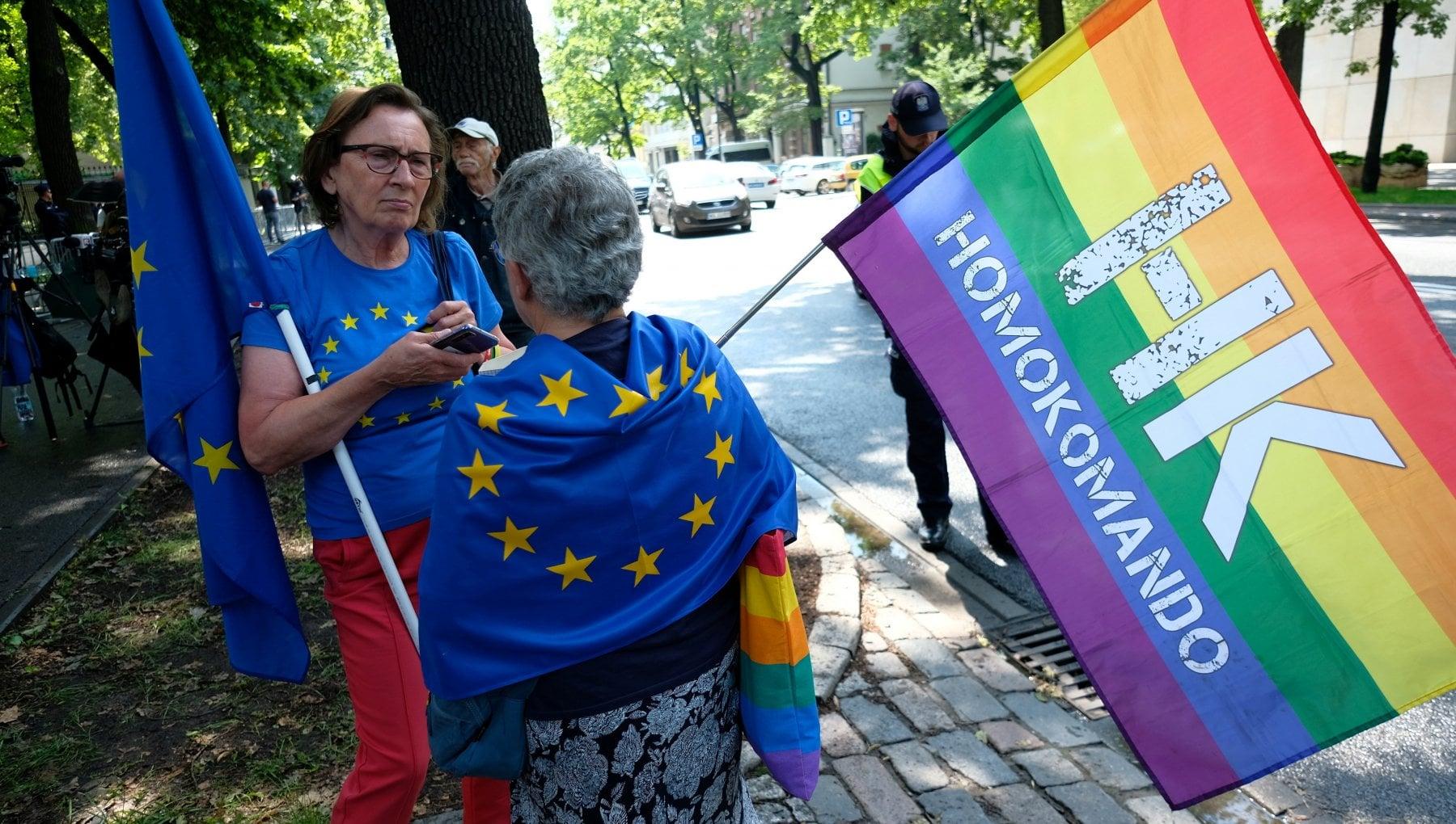 """220450143 5592a81d bc1a 4345 a42b c20301b5836e - Ue, giustizia e diritti Lgbtq+: lo spettro della """"exit"""" sovranista di Polonia e Ungheria"""