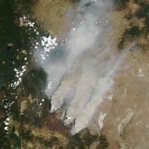 171045802 599eb157 0632 4b45 87ab b4cc96215810 - Grecia, caldo record: incendi a nord di Atene
