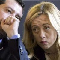 I nemici del Green Pass contesi da Salvini e Meloni. In palio 6 milioni di voti