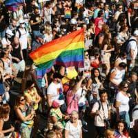 Il Pride invade Budapest. Trentamila in piazza per sfidare Orbán