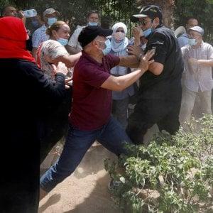235554642 cbd56ad6 4b73 41ad 8939 14a96d5b3d61 - Tunisia, malore per Gannouchi, il leader del Parlamento al centro della sfida politica