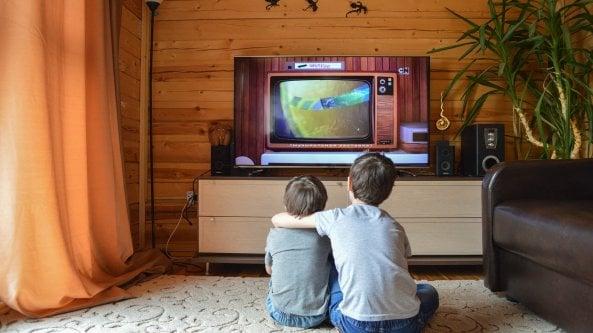 Canali tv oscurati, risintonizzazioni, conflitti sul telecomando: tutte le grane dello switch off
