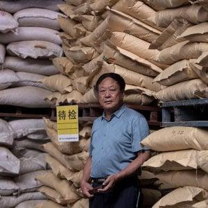 """121006856 aaa30c61 5b45 4a48 99ed dcba83f3b491 - Cina, ritorna la """"ciotola di ferro"""": rischi addio, è corsa a conquistare il posto di lavoro sicuro nel settore pubblico"""