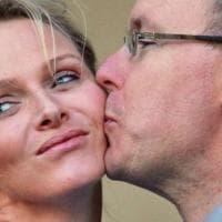 Montecarlo, mistero su Charlène. La moglie del principe Alberto è da mesi in Sudafrica....