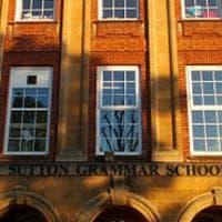 """Latino anche nelle scuole statali britanniche: """"Non deve essere appannaggio solo degli..."""