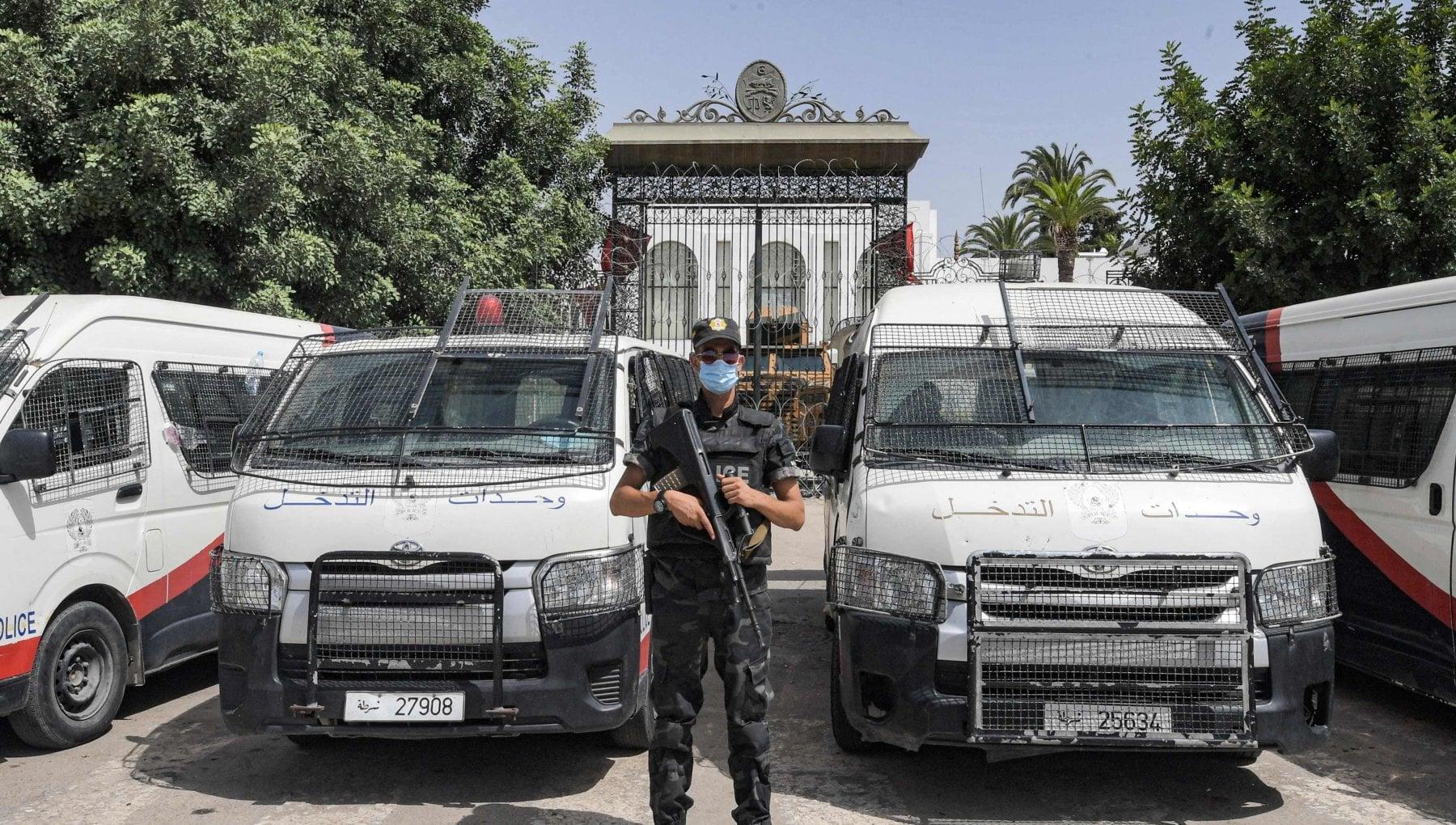171824991 859559d6 ba84 4f56 b926 79db4ca419c7 - Tunisia, manette ai deputati condannati. Agli arresti anche un giudice