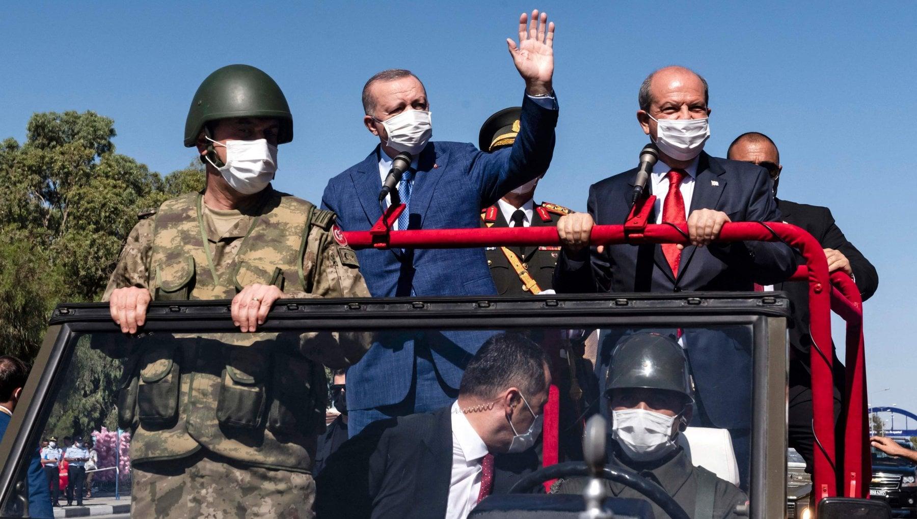 212253012 186d21a1 6ce5 4a25 a831 c67baf058adf - Turchia, troppe crisi ai confini: Erdogan alza un muro contro i migranti