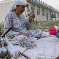 Afghanistan, offensiva dei talebani sui grandi centri: assalto a Herat, Lashkar Gah e...