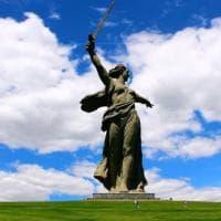 """""""Chiamiamola di nuovo Stalingrado"""": in Russia la sfida per ripristinare il nome sovietico..."""
