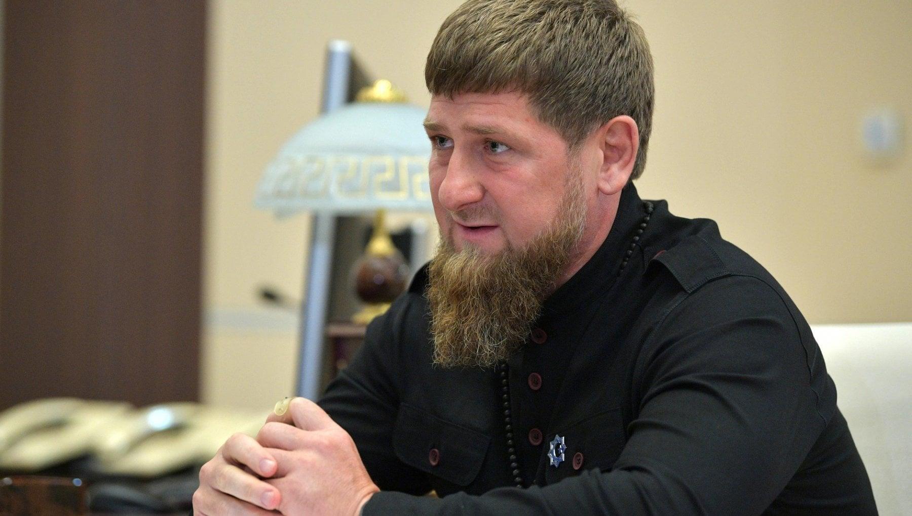 135245115 087b314b 31a2 4828 a49b aadf71cd46d7 - Cecenia, la ricetta di Kadyrov contro i No-vax: non ammessi in moschea e in coda per le cure