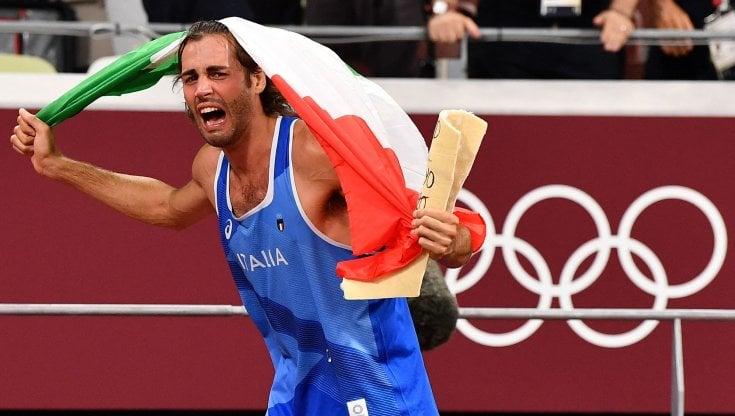 Gianmarco Tamberi medaglia d'oro nel salto in alto alle Olimpiadi - la  Repubblica