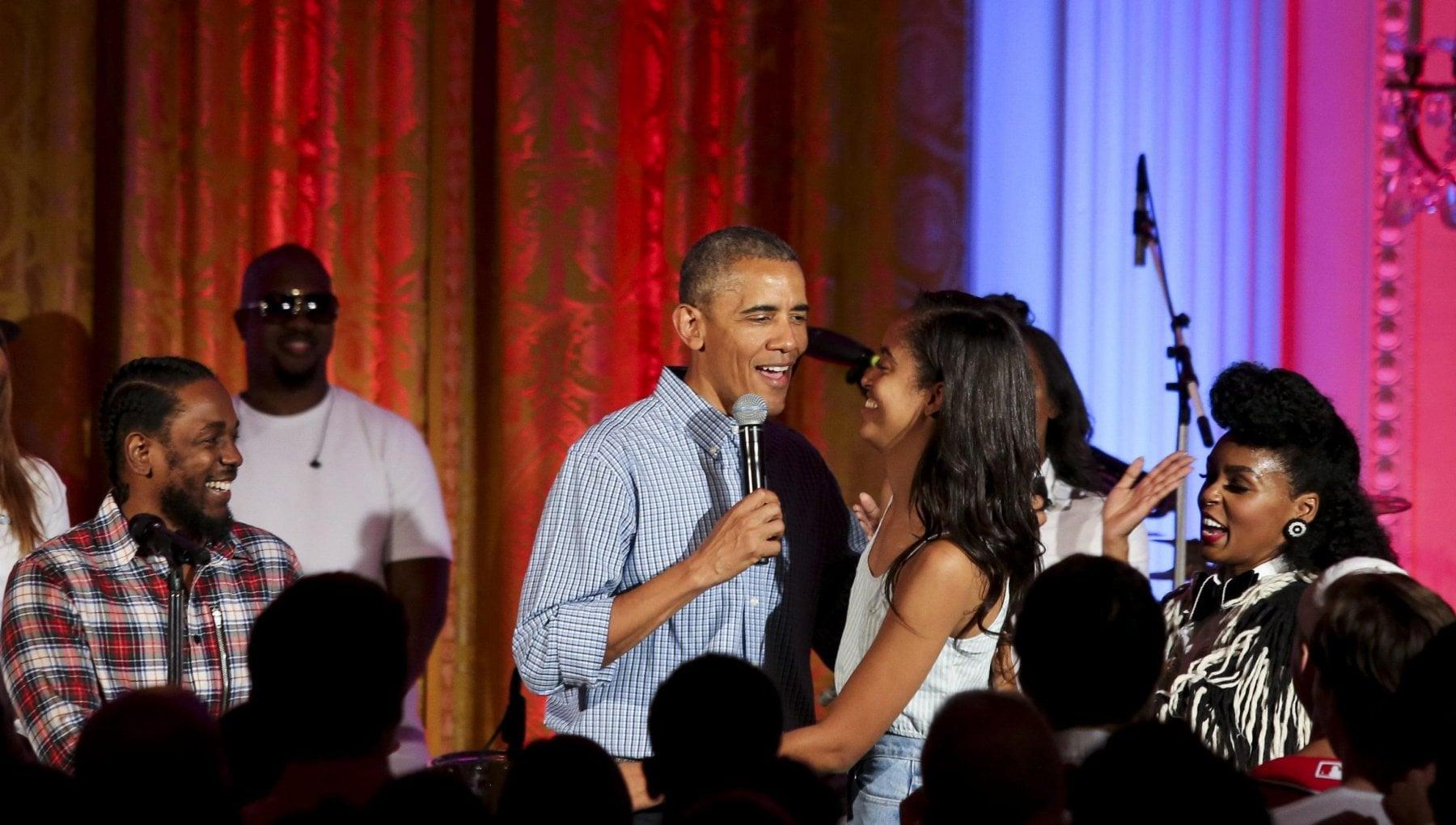 213604994 124bd5d6 5437 46a8 900f 5f982ddb66d3 - Da Clooney a Spielberg, la gran festa con le star per i 60 anni di Obama