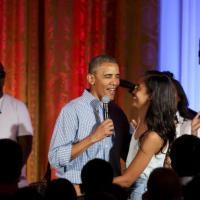 Da Clooney a Spielberg, la gran festa con le star per i 60 anni di Obama