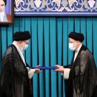 "Iran, il politologo Moisés Naím: ""A Teheran dominano gli estremisti. Biden ha la strada in..."