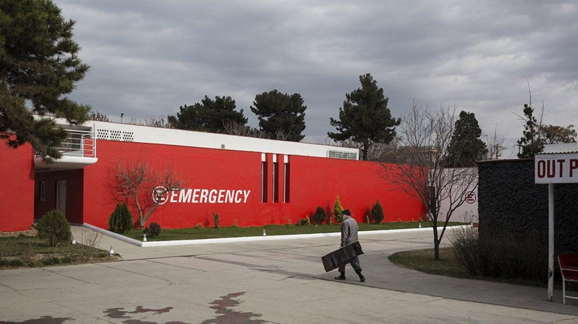 """175154878 6ab8479b b229 4b70 9305 ccf423a311b3 - Nell'ospedale di Emergency il dolore per le donne di Kabul: """"Con i talebani al potere le colleghe afgane non lavoreranno più"""""""