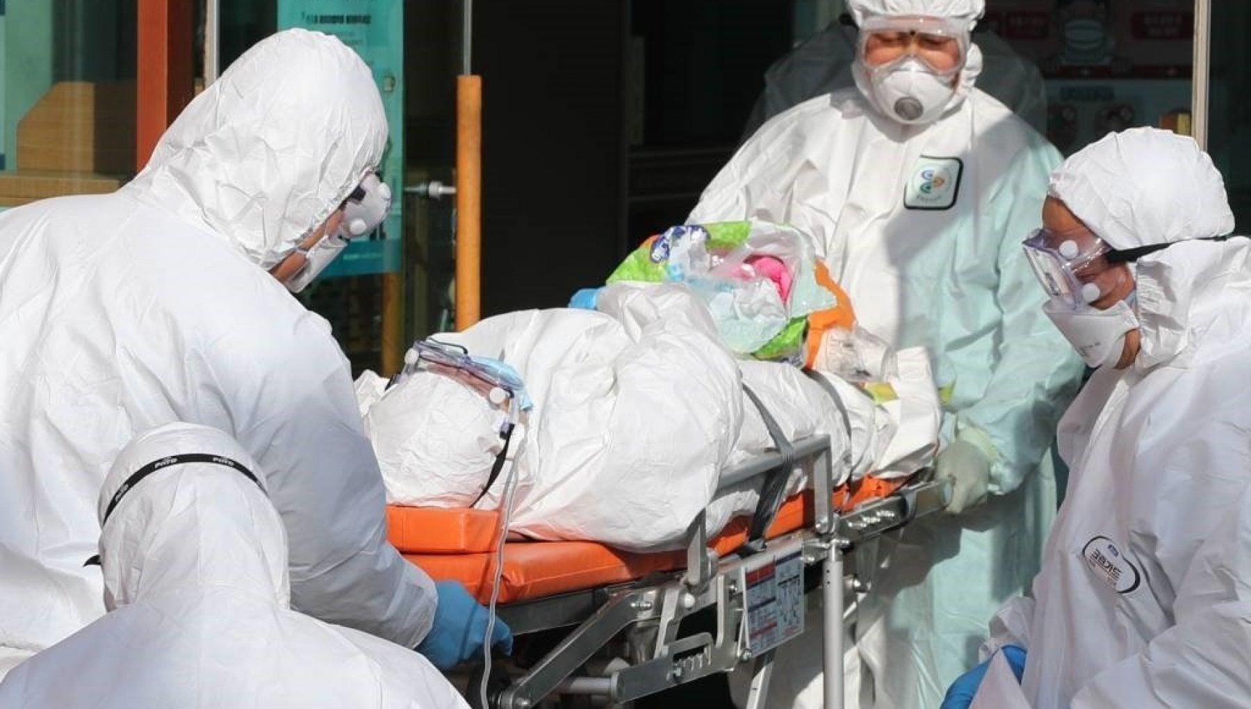 013349815 088c04ec de51 4d41 959a d3e4601945c2 - Ebola: primo caso in Costa d'Avorio, una 18enne in arrivo dalla Guinea