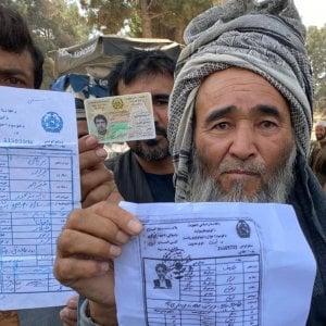 224002213 73990b9a 3997 4464 b41f cf55440b8ed0 - Afghanistan, è in salvo l'interprete che aiutò Biden nel 2008