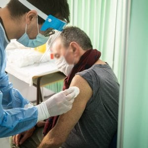 230019851 890ef136 ee16 468e a2bc a1f9237947de - Vaccini anti-Covid, Aifa dà ok a terza dose: si farà dopo almeno sei mesi dalla seconda