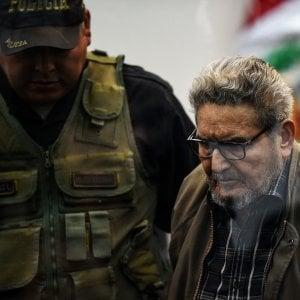 """190109154 84b7ef8b bc83 4141 b616 8400210eedf7 - Perù, disputa sul cadavere di Guzmán, il """"Pol Pot delle Ande"""""""