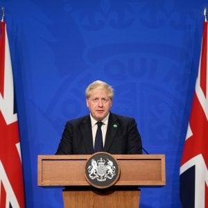 """193814322 925b49a9 77de 45a2 b19e e4ad1cbd0a16 - Covid, Il Parlamento Uk contro Johnson: """"Un fallimento epocale la strategia dell'immunità di gregge, migliaia di morti evitabili"""""""