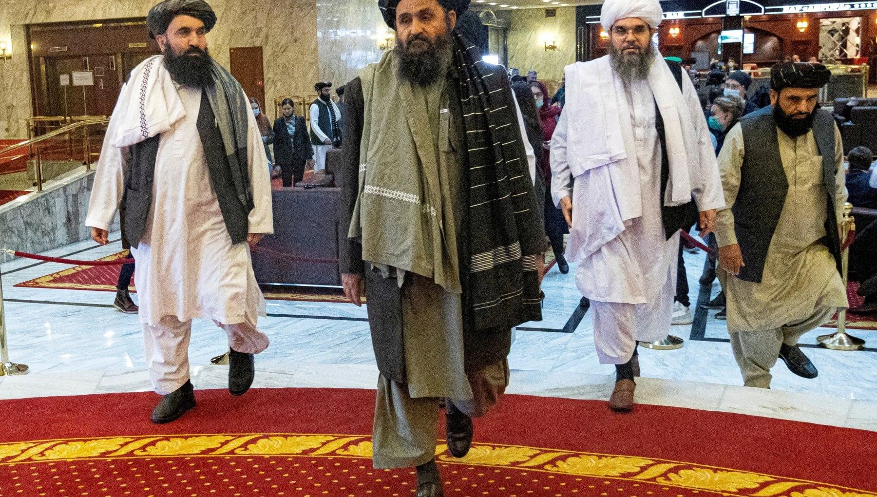 102111783 5cef70de 8554 4ee7 9d08 89089b72b58b - Afghanistan, scontro nel palazzo presidenziale tra i talebani