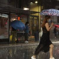 Previsioni meteo, weekend a due facce: nubifragi al Nord mentre al Sud caldo africano
