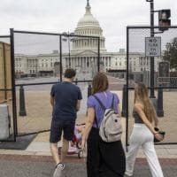 Usa, l'estrema destra pro-Trump torna in piazza: Washington blindata